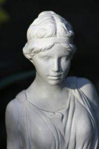 estatua-do-jardim-decoracao_19-113809